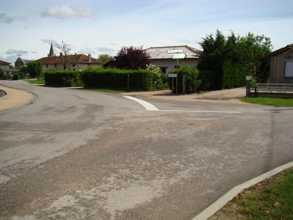 STOP au carrefour de la route Malafertoise et la route de Bonnard