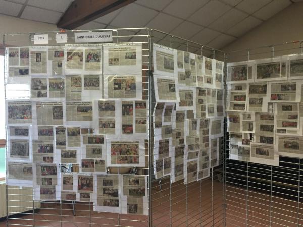 Exposition d'articles de presse 2015 sur la commune mis à disposition par Marie-Claude Favre